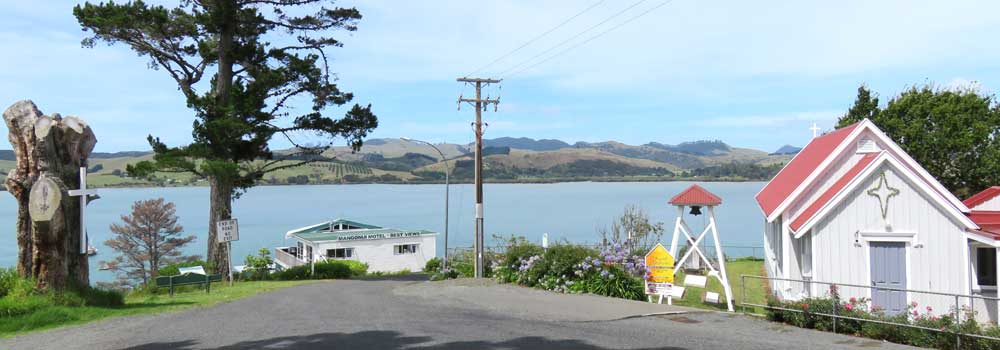 Mangonui Motel from Colonel Mould Drive